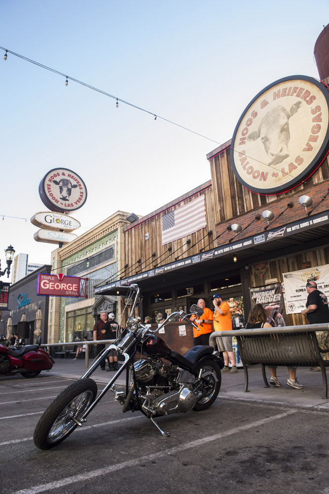 Hogs & Heifers Saloon Las Vegas_Motorcycle Rally_000334