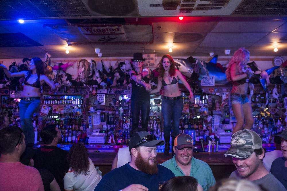 Hogs & Heifers Saloon Las Vegas_Motorcycle Rally_000373