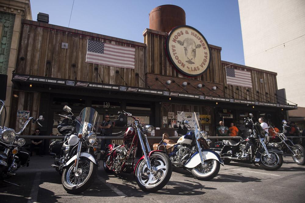 Hogs & Heifers Saloon Las Vegas_Motorcycle Rally_000465