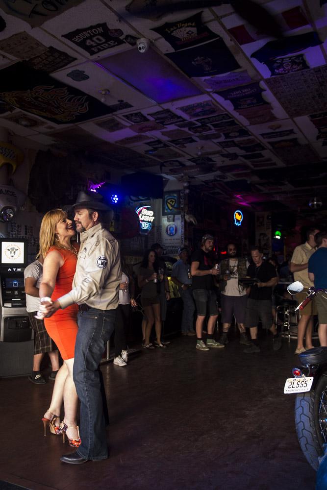 Hogs & Heifers Saloon Las Vegas_Motorcycle Rally_000504
