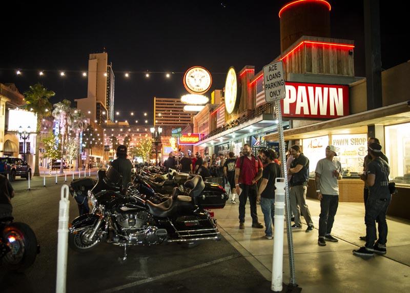 Hogs & Heifers Saloon Las Vegas_Motorcycle Rally_000524
