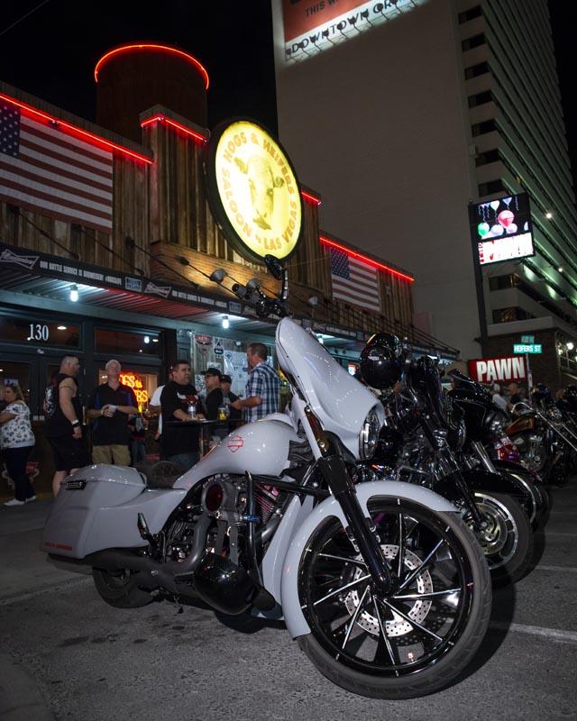 Hogs & Heifers Saloon Las Vegas_Motorcycle Rally_000531