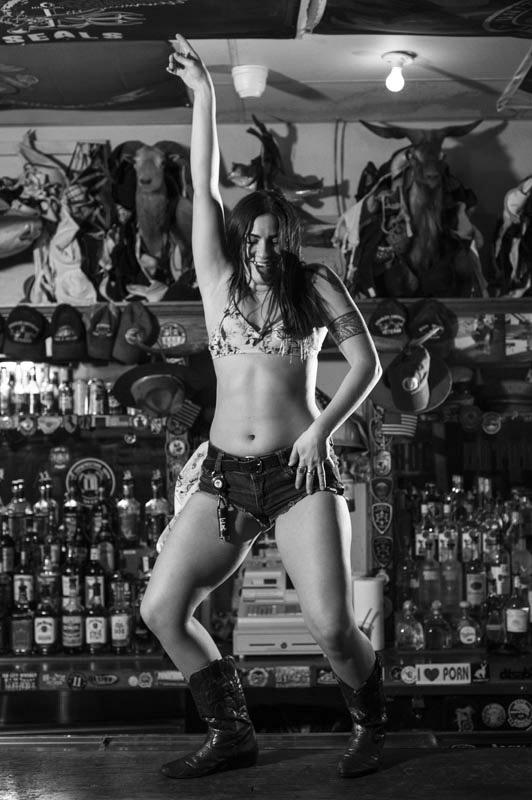 Hogs & Heifers Saloon Bartenders_000796