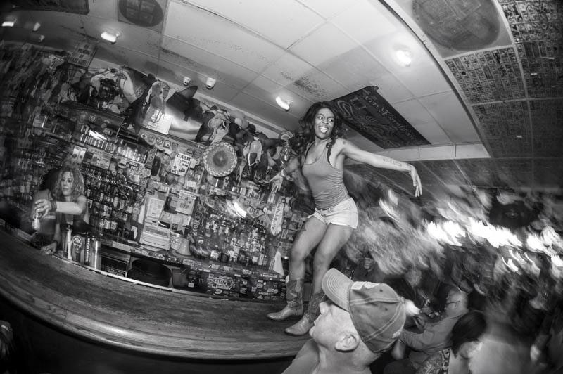 Hogs & Heifers Saloon Bartenders_000824