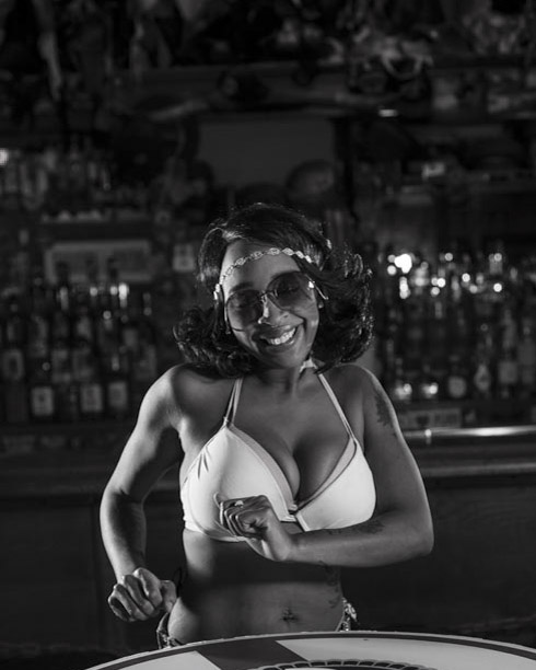 Hogs & Heifers Saloon Bartenders_000889
