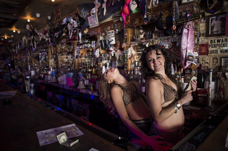 Hogs & Heifers Saloon Punk Rock Bowling_001112