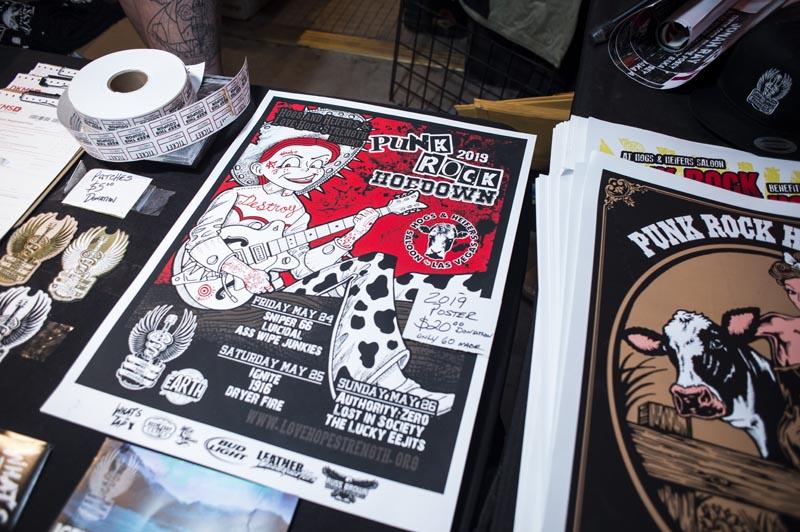 Hogs & Heifers Saloon Punk Rock Bowling_001122