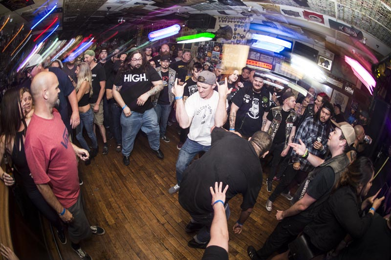 Hogs & Heifers Saloon Punk Rock Bowling_001147