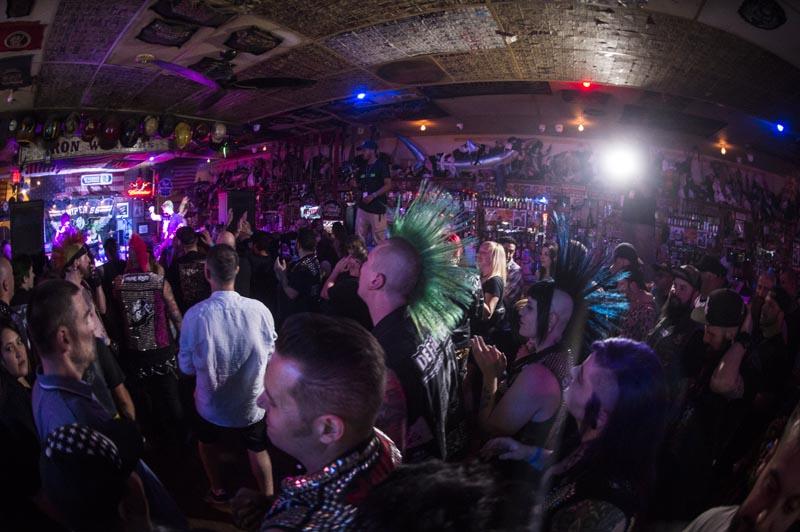 Hogs & Heifers Saloon Punk Rock Bowling_001163