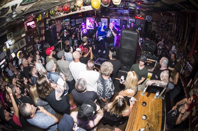 Hogs & Heifers Saloon Punk Rock Bowling_001214
