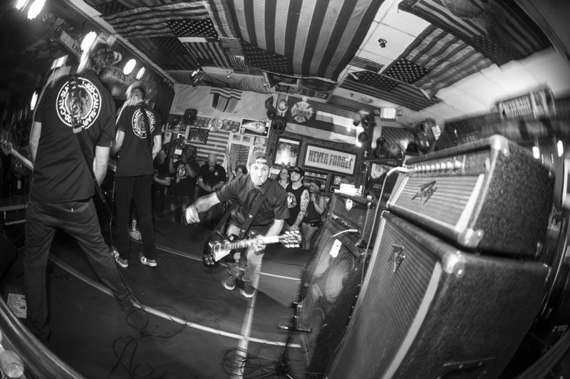 Hogs & Heifers Saloon Punk Rock Bowling_001216