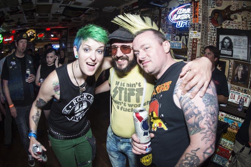 Hogs & Heifers Saloon Punk Rock Bowling_001224
