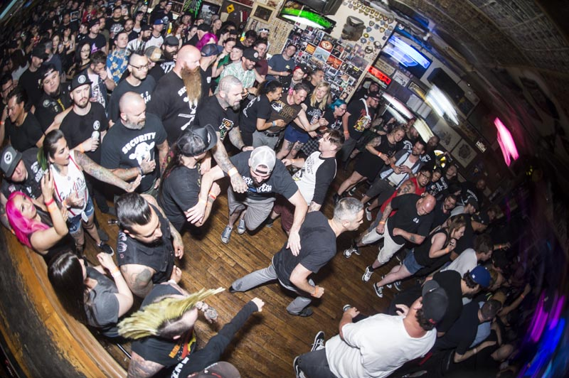 Hogs & Heifers Saloon Punk Rock Bowling_001248
