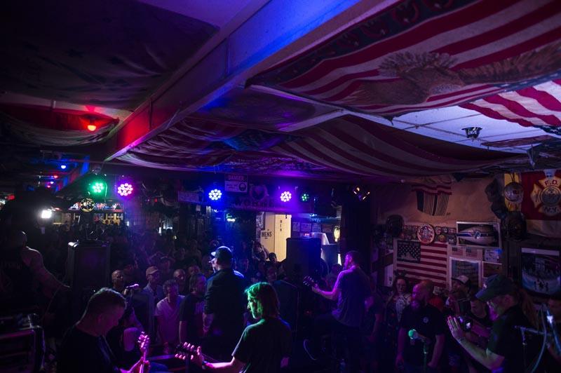 Hogs & Heifers Saloon Punk Rock Bowling_001253