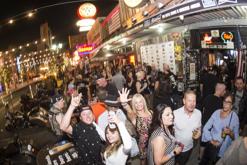 Hogs & Heifers Saloon_Downtown Las Vegas_Punk Rock Hoedown_001773