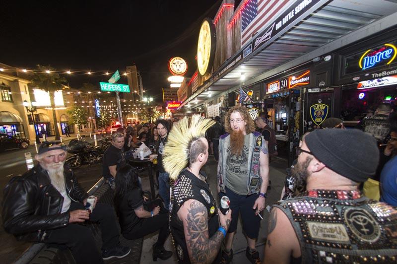 Hogs & Heifers Saloon_Downtown Las Vegas_Punk Rock Hoedown_001775