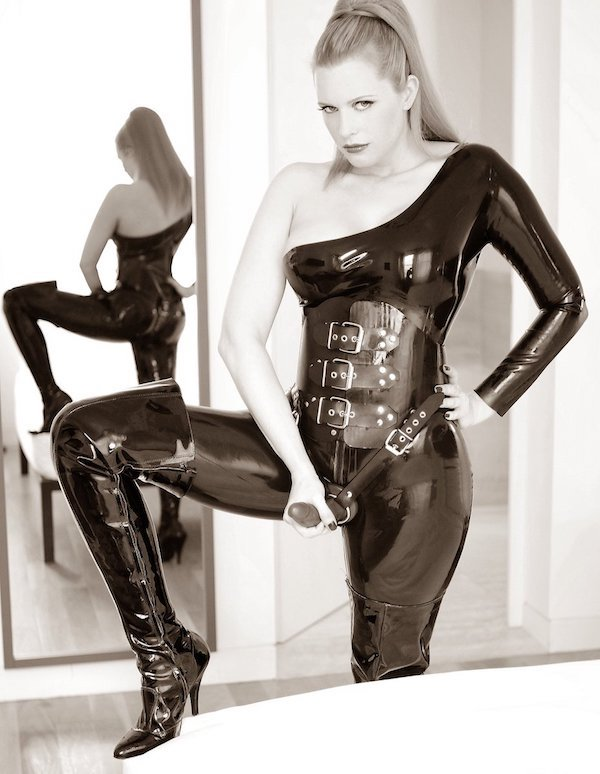 Female domination clothing-4227
