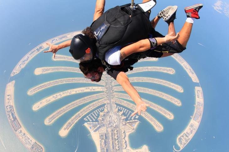 skydive dan palm jumeirah