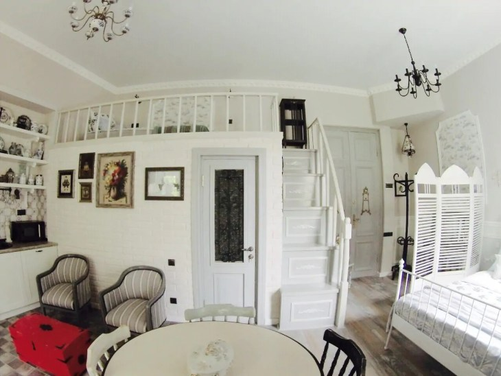 airbnbt10
