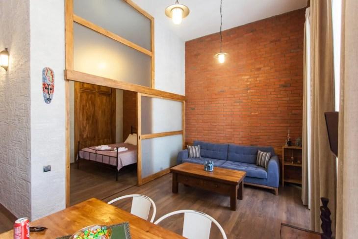 airbnbt4