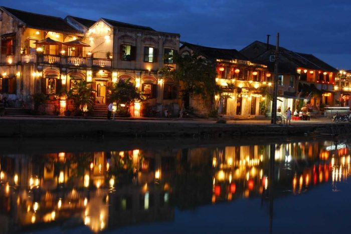 Tien Sa private transfer to Hoian