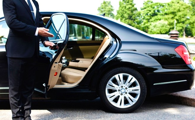 Hoian Luxury car transfer from Danang