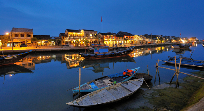 Hoian experience on bicycle