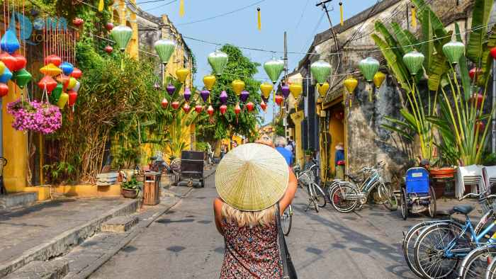 Hoi An old town - photo by thanhhoatran