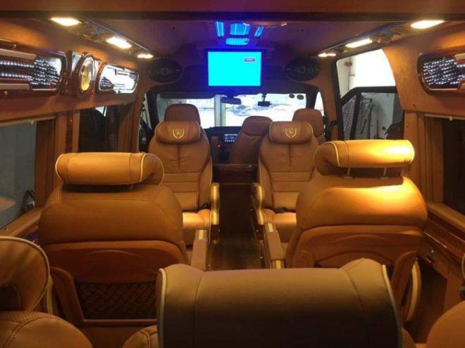 VNLC-Limousine-10_700