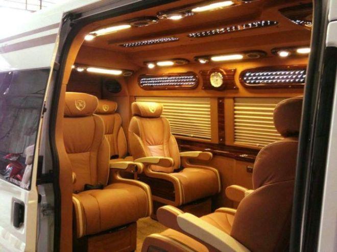 VNLC-Limousine-3_700