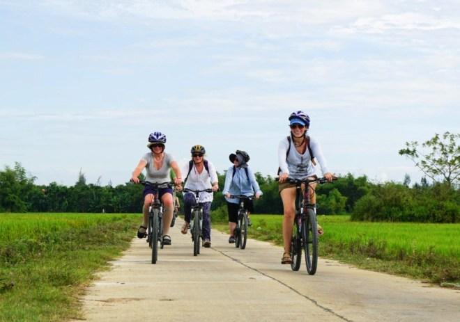 Hoi An Cycling Tour- Hoi An Private Car