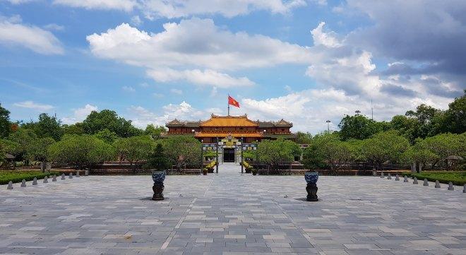 Hue City Tour- Hoi An Private Car