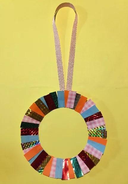 紙皿のメダル