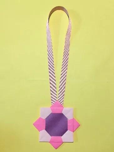 折り紙のメダルの作り方16