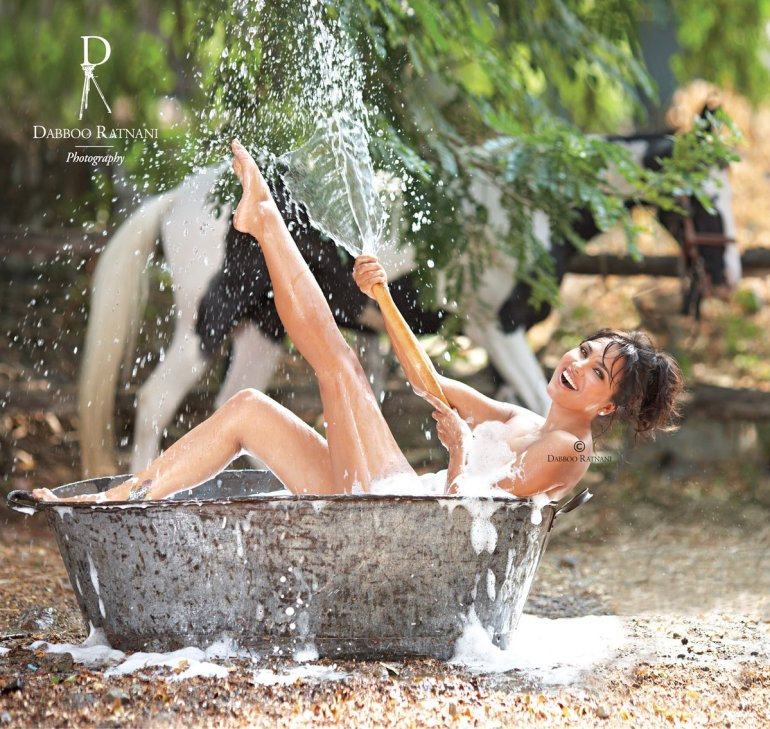 Top 15 Bollywood Actress Topless for The Photo Shoot of Dabboo ratnani calendar 133