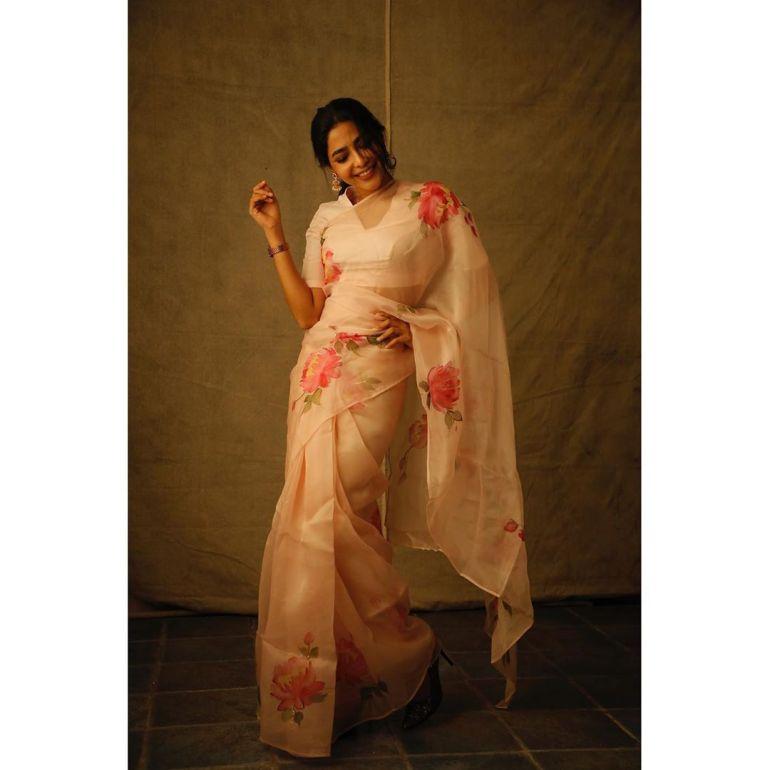 Aishwarya Lekshmi Wiki, Biography, Age, Boyfriend, and Beautiful Photos 162
