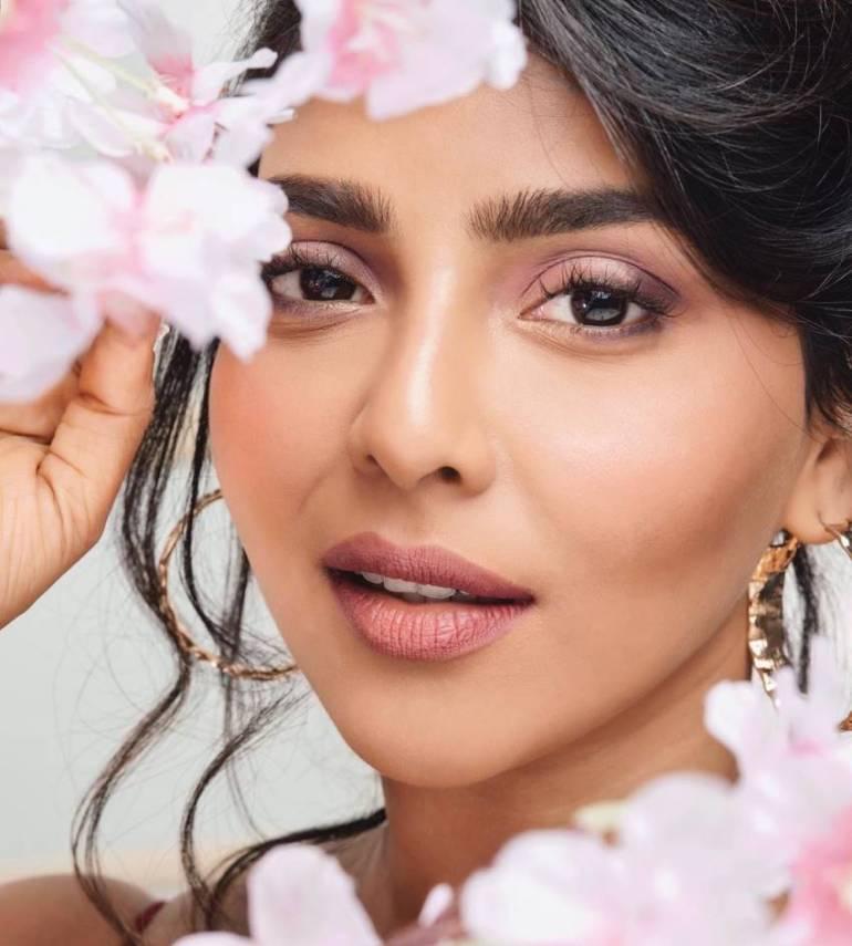 Aishwarya Lekshmi Wiki, Biography, Age, Boyfriend, and Beautiful Photos 142