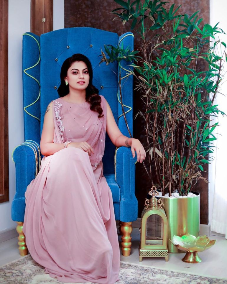 Anusree Wiki, Age, Biography, Movies, and Gorgeous Photos 116