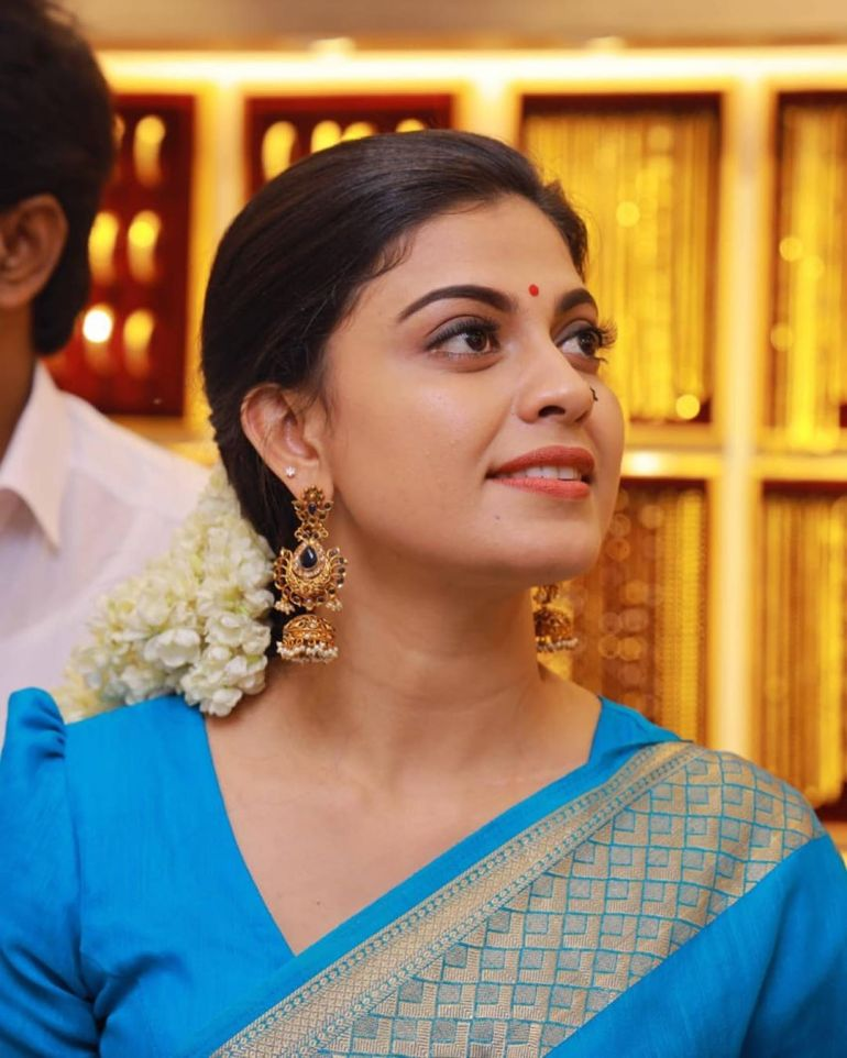 Anusree Wiki, Age, Biography, Movies, and Gorgeous Photos 113