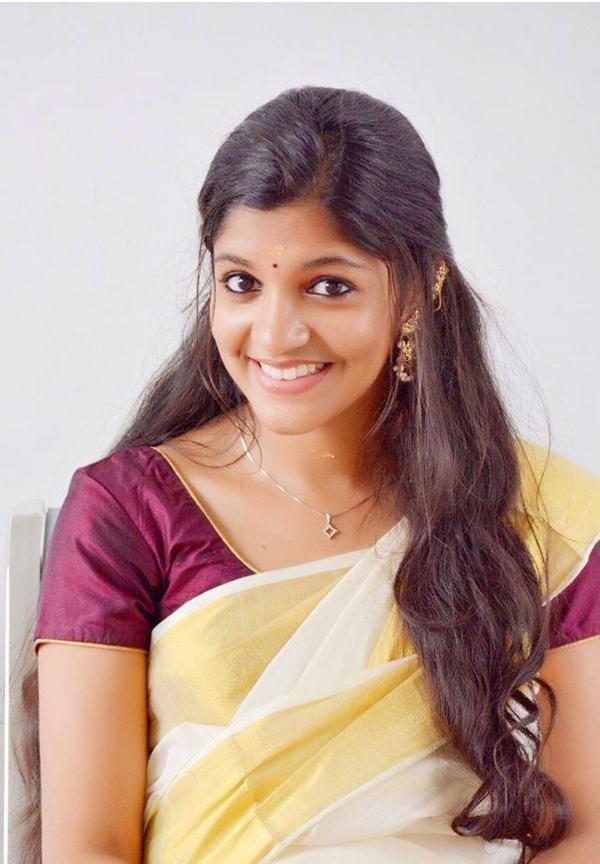 Aparna Balamurali Wiki, Biography, Age, Boyfriend, and Beautiful Photos 101