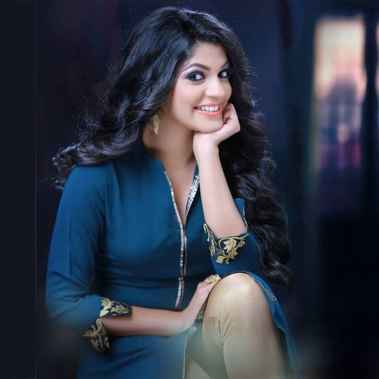 Aparna Balamurali Wiki, Biography, Age, Boyfriend, and Beautiful Photos 126