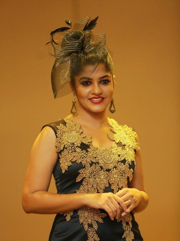 Aparna Balamurali Wiki, Biography, Age, Boyfriend, and Beautiful Photos 133