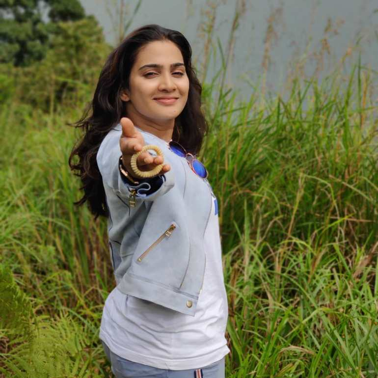 Aditi Ravi Wiki, Age, Biography, Movies, and Charming Photos 131
