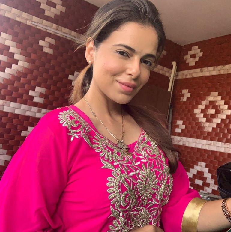 Alisha Abdullah Wiki, Age, Biography, Family, Career, and Beautiful Photos 110