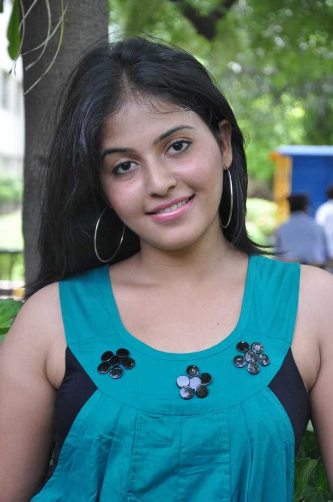 Anjali Wiki, Age, Biography, Movies, and Gorgeous Photos 108