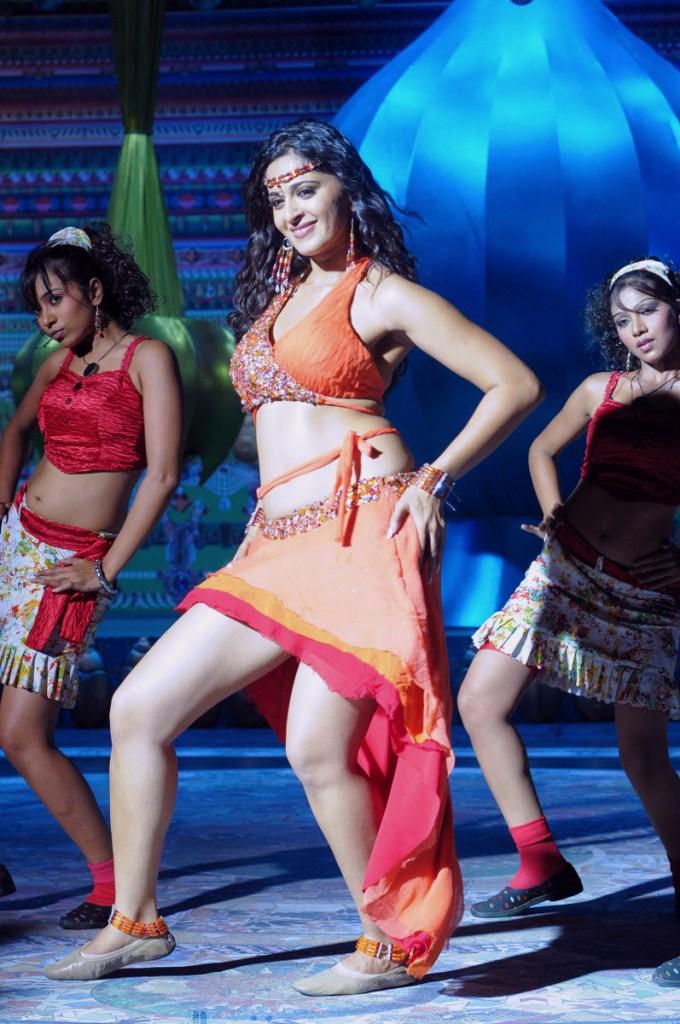 Anushka Shetty Wiki, Age, Biography, Movies, and Beautiful Photos 101
