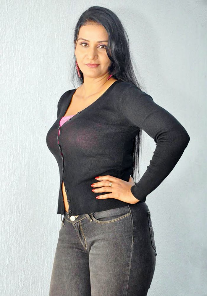 Apoorva Wiki, Age, Biography, Movies, and Gorgeous Photos 112