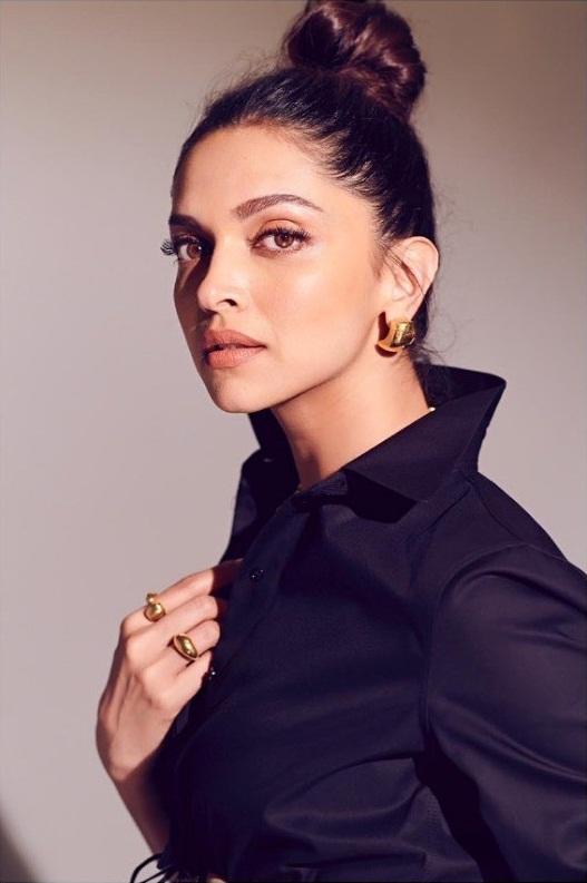 Top 15 Beautiful Bollywood actress of 2021 107