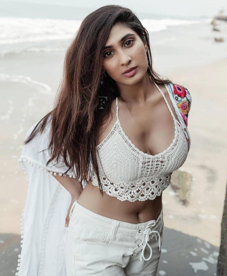 Deepti Sati Wiki, Age, Biography, Movies, and glamorous Photos 132
