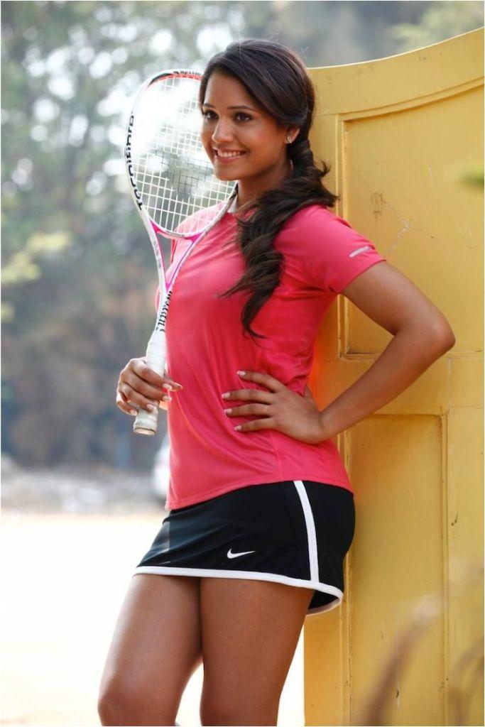 Dipika Pallikal Wiki, Age, Biography, Family, Career, and Beautiful Photos 108